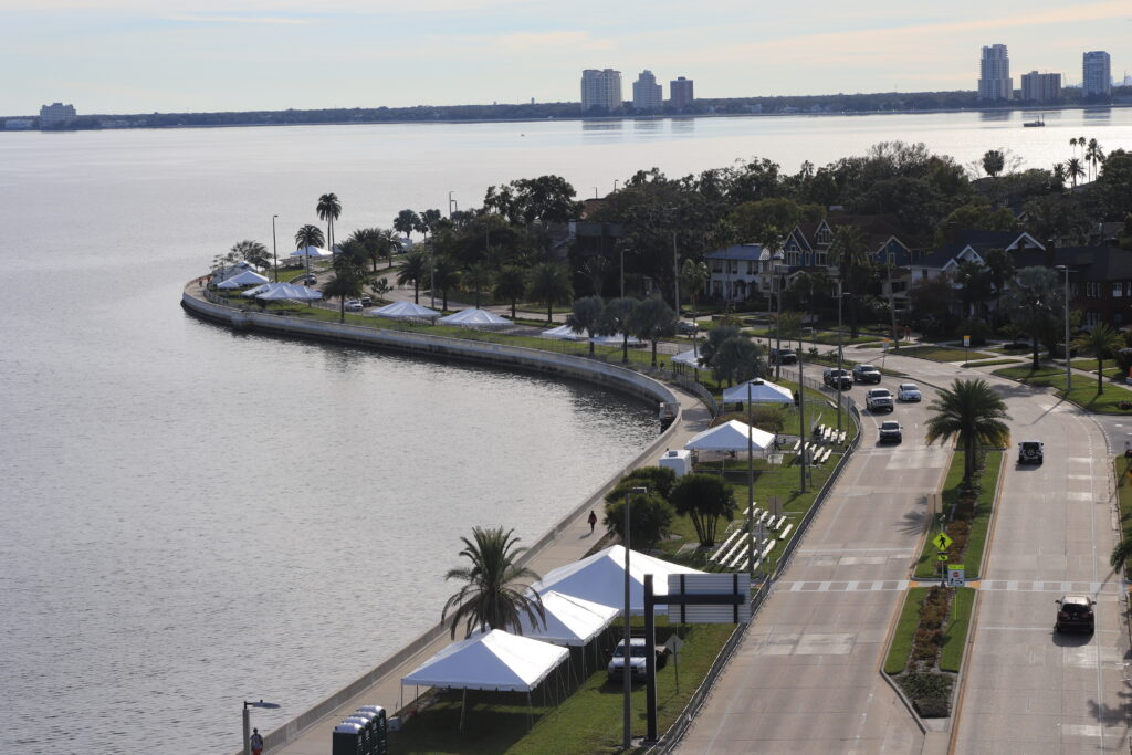 tents along Bayshore Boulevard in Tampa